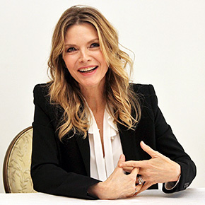 Michelle Pfeiffer back after making herself 'unhirable' | April 21, 2017