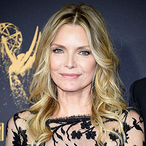 Michelle Pfeiffer at Emmy Awards | September 19, 2017