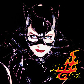 Michelle Pfeiffer as Catwoman Collectible Figures by Hot Toys!