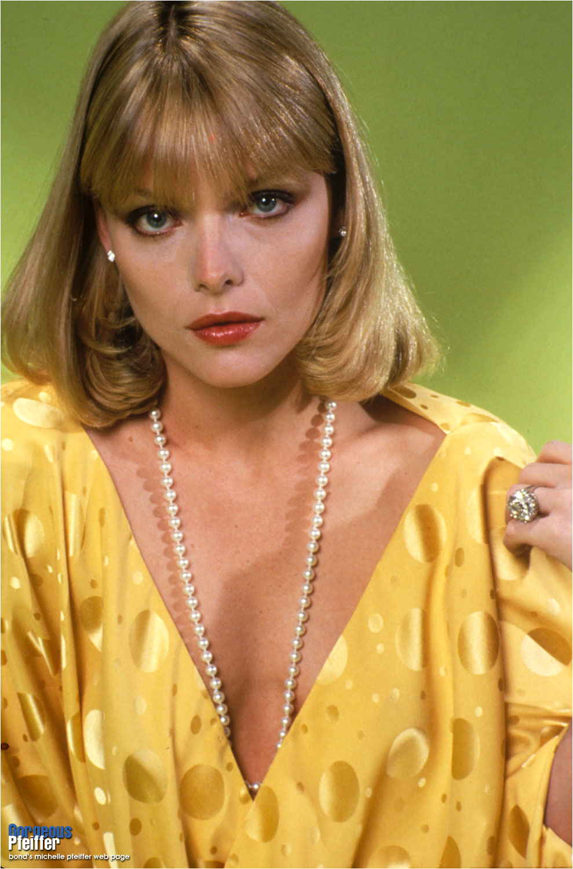bond's Michelle Pfeiffer web page - Al Pacino, Michelle ... Al Pacino Movies