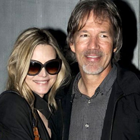 """Michelle Pfeiffer arrives the opening of """"It Must be Him""""!"""